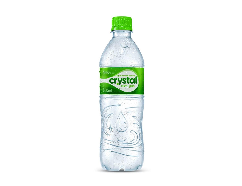 Nuova bottiglia d'acqua - Imbottigliamento