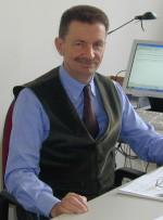 Vincenzo Gerbi, professore ordinario di enologia presso l'Università degli Studi di Torino