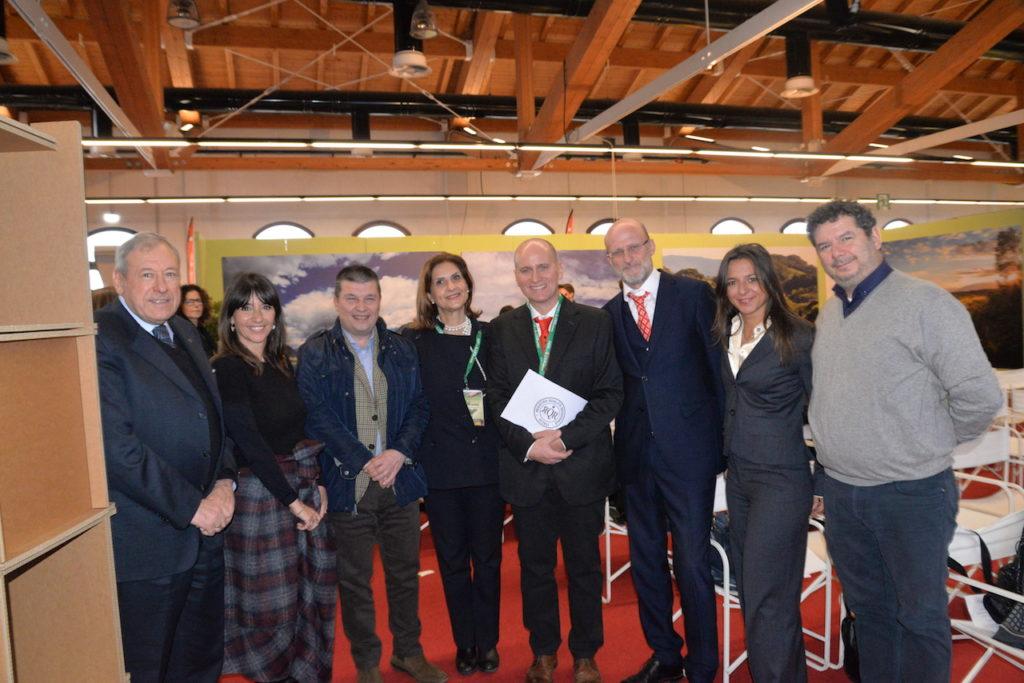 (da destra) Prof. Carniello, Dott.ssa Paladini, Dott. Quiliquini, Dott.ssa Podda, Francesco Donati, Avv. Armellini, Valter Crema